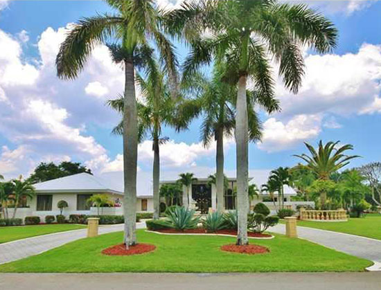 View our exclusive listings for sale and rent in South Florida presented by Lang Realty and Brian Pearl